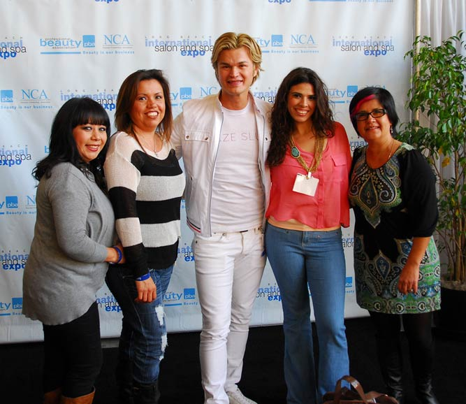 40,000 beauty pros went to ISSE Long Beach 2012 14