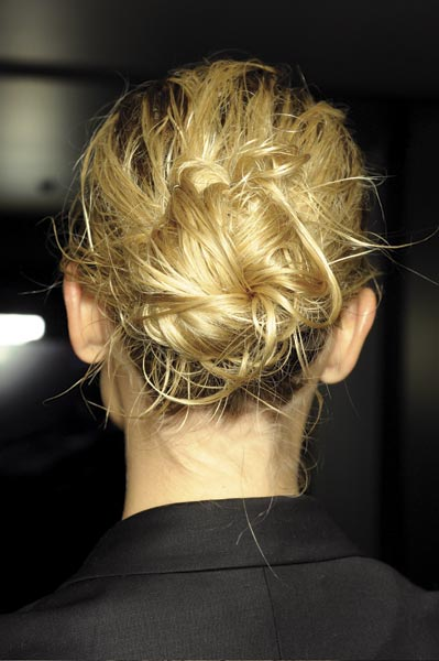 Spring 2012 hair trends from the runway the wet look 1