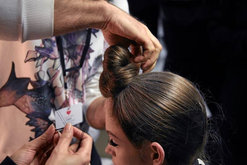 12 08 fall runway hair trends 2012 4