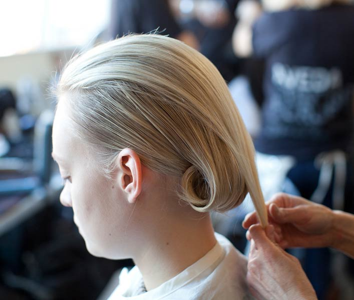 12 08 fall runway hair trends 2012 6
