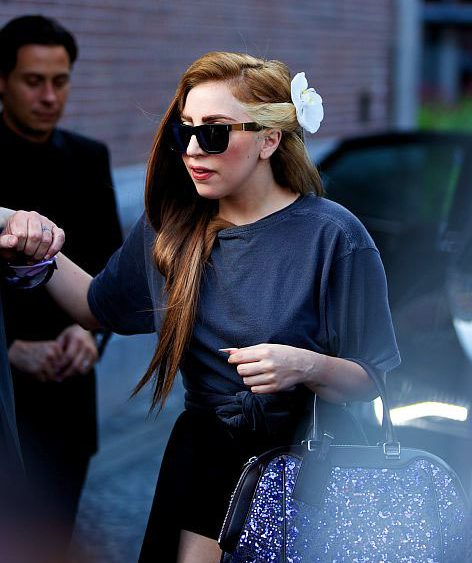 12 08 lady gaga brown hair
