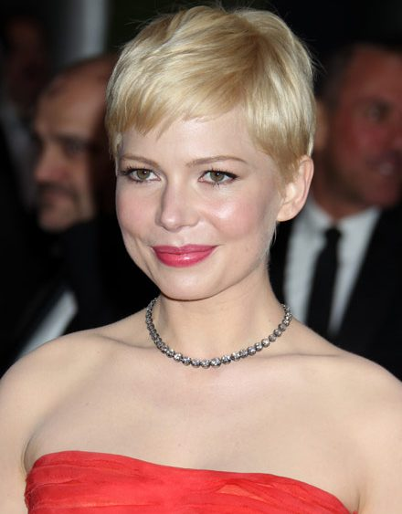 12 08 michelle williams blonde crop pixie cut colour