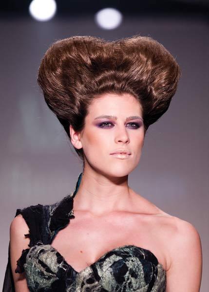 12 09 fall 2012 hair trends runway 8b