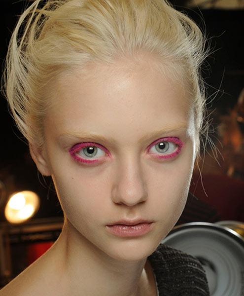 12 09 nyfw ss2013 beauty hair makeup nail trends 9
