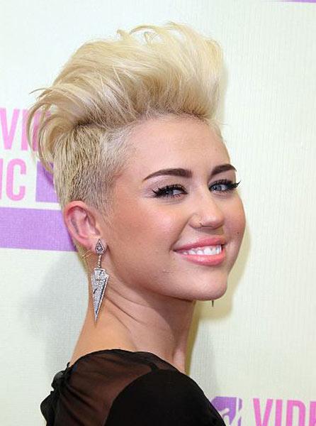 12 09 vma celeb hair beauty style 2