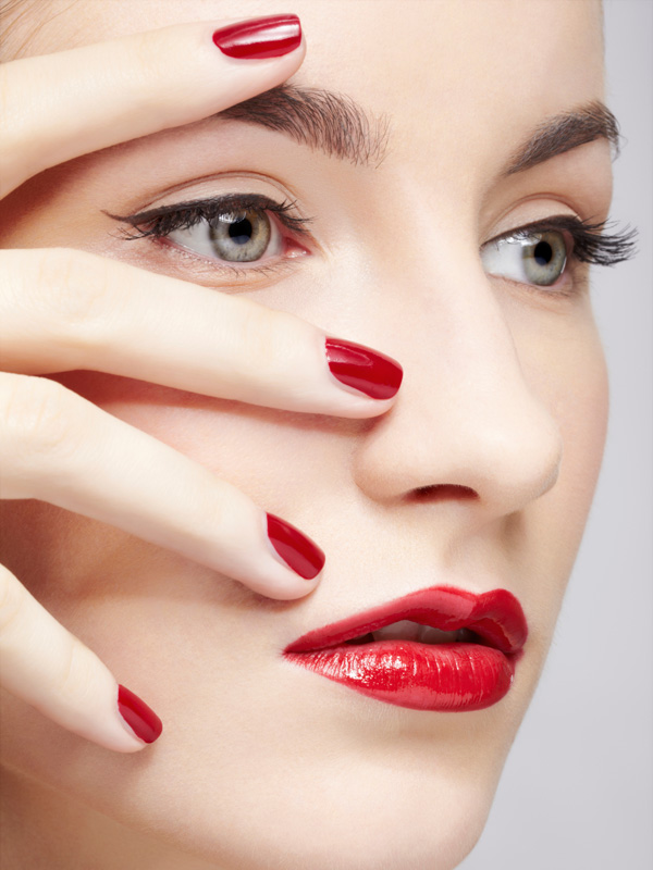 Nails and makeup picture