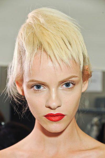13 01 fringe bangs haircuts trends spring 5