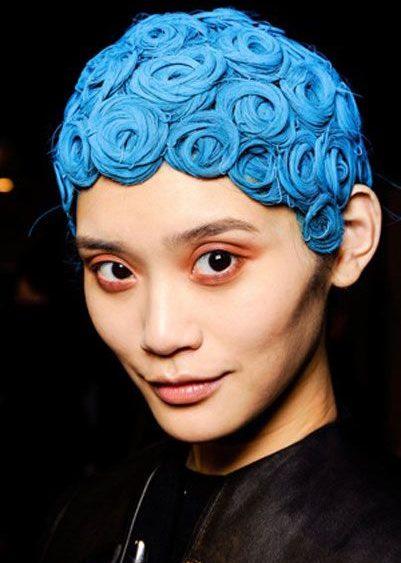 13 03 givenchy fall 2013 runway beauty hair
