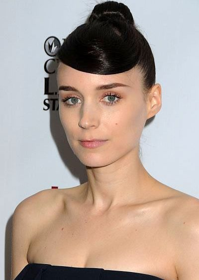 13 06 rooney mara hair celeb red Carpet shellacked news sleek