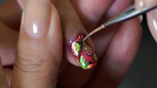 Nail art thumb