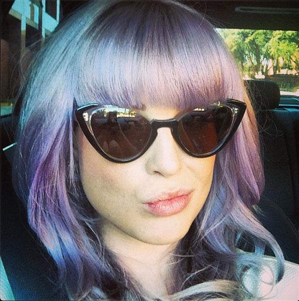 13 08 kelly osbourne purple fringe bangs hair