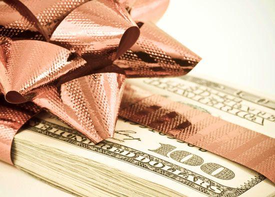 13 11 holiday salon profits promotion ideas marketing 2