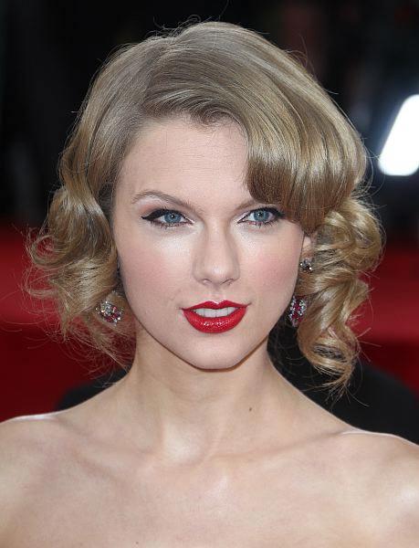 14 golden globes hair styles beauty 9