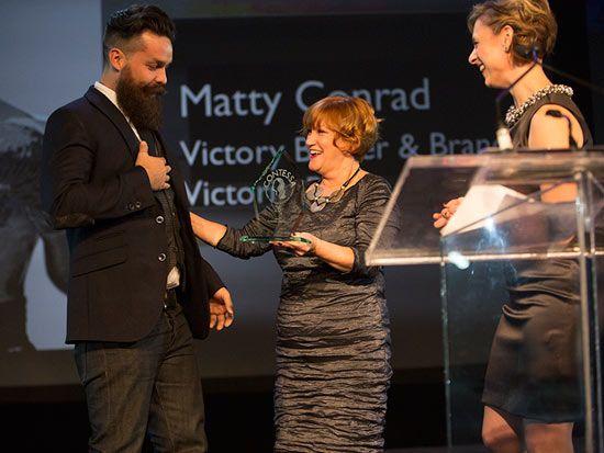 2015 contessa awards gala 2