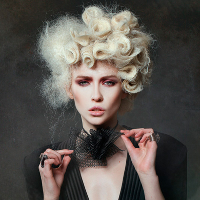 Contessa 30 Finalist Collection – Julie Vriesinga