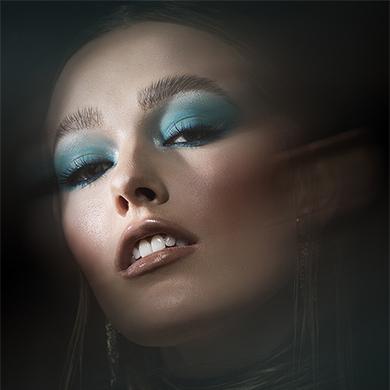 Contessa 33 Finalist Collection – Heidi Fleming